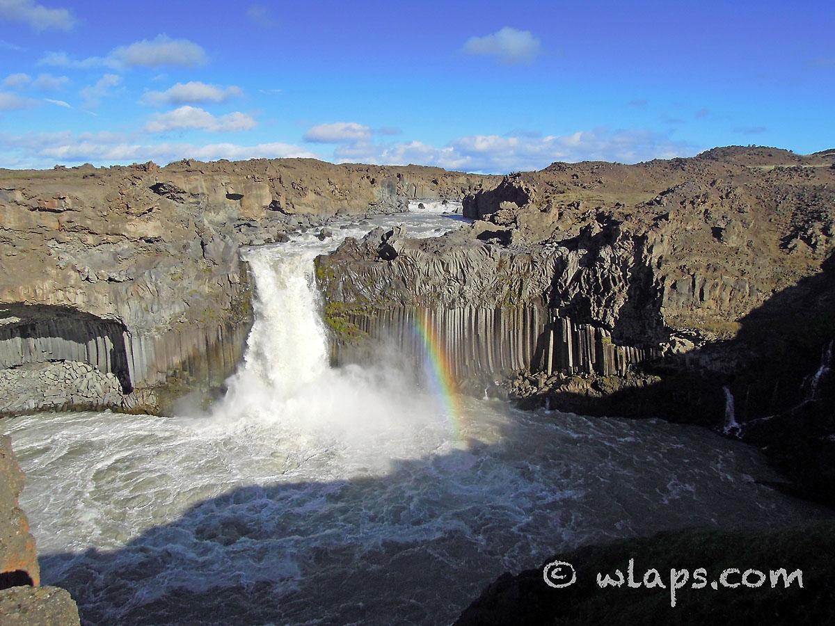 cascade-aldeyjarfoss