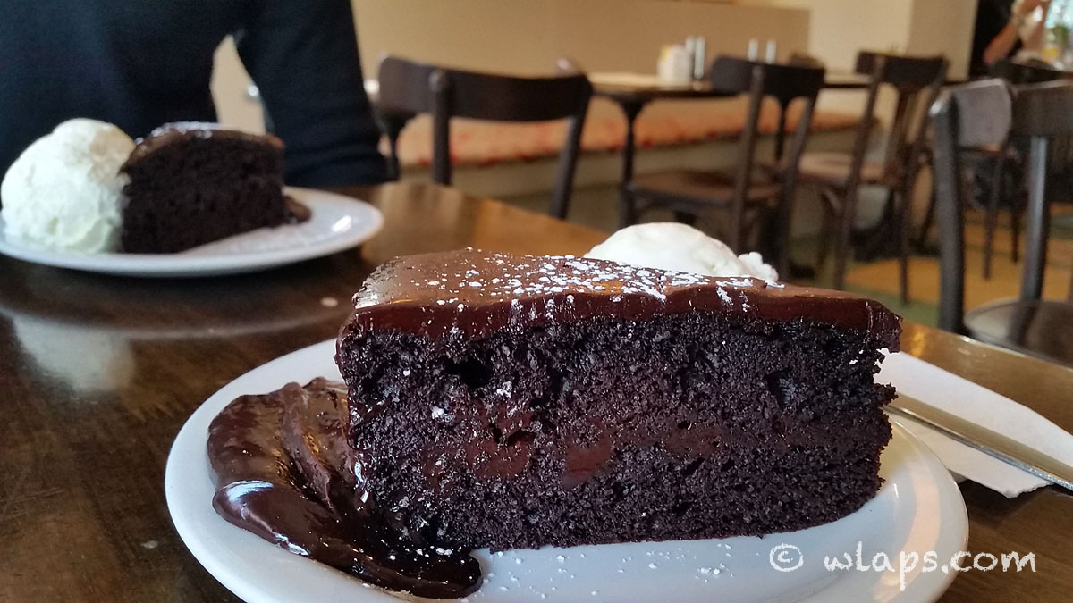 dark-chocolate-cake-busyfeet-and-coco-cafe-dublin