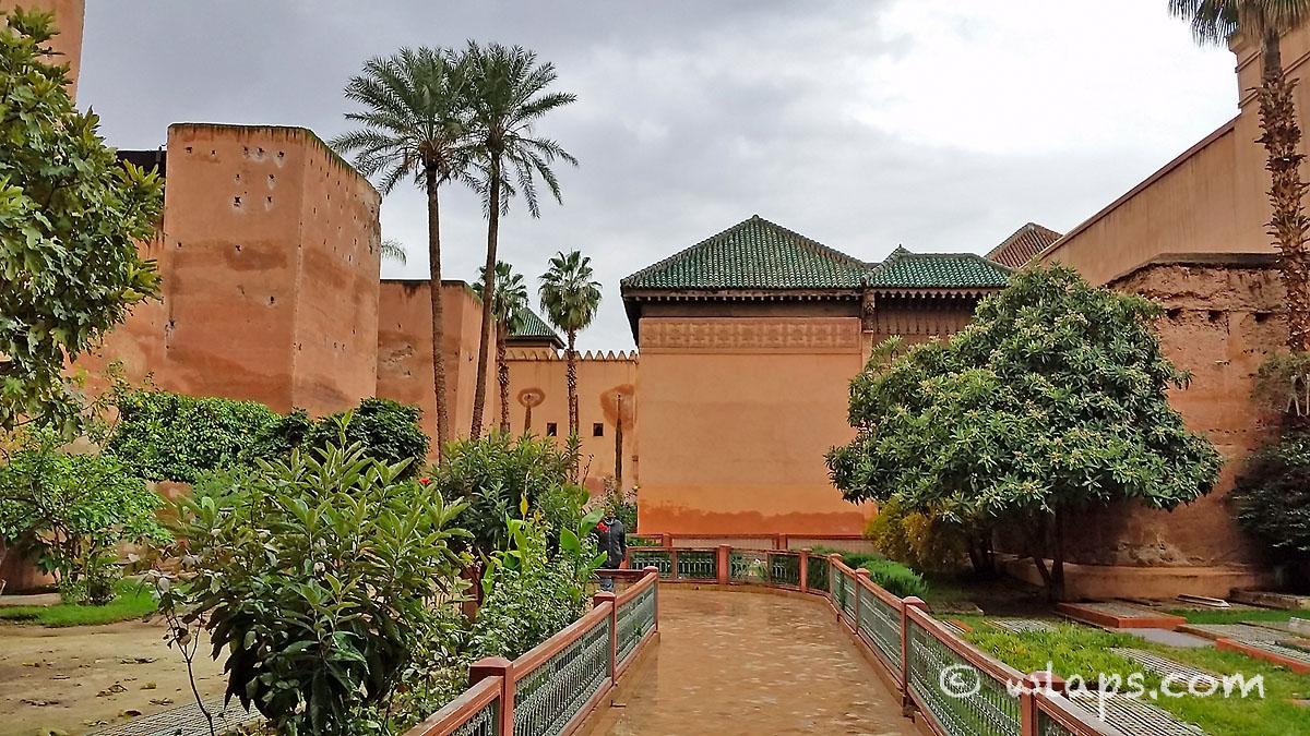 ciel-voile-tombeaux-saadiens-carnet-voyage-maroc-marrakech