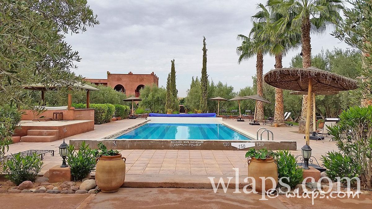 piscine-auberge-tamaslohte-marrakech-maroc