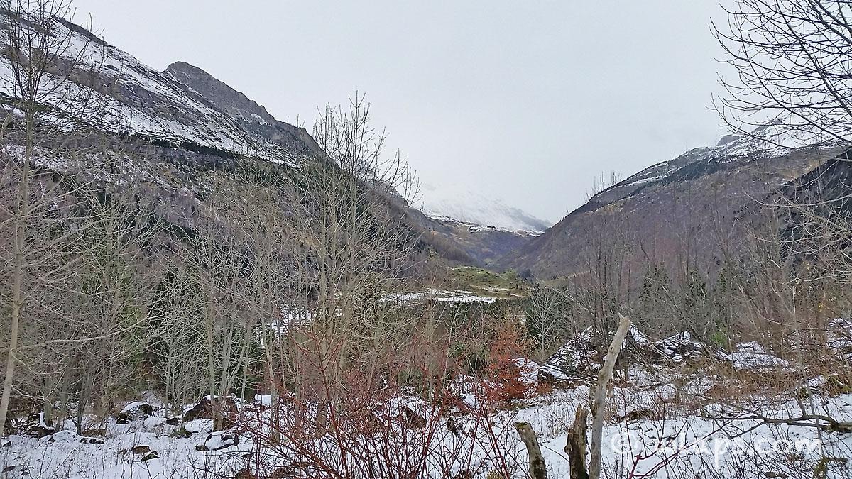 6-cirque-gavarnie-pyrenees-neige