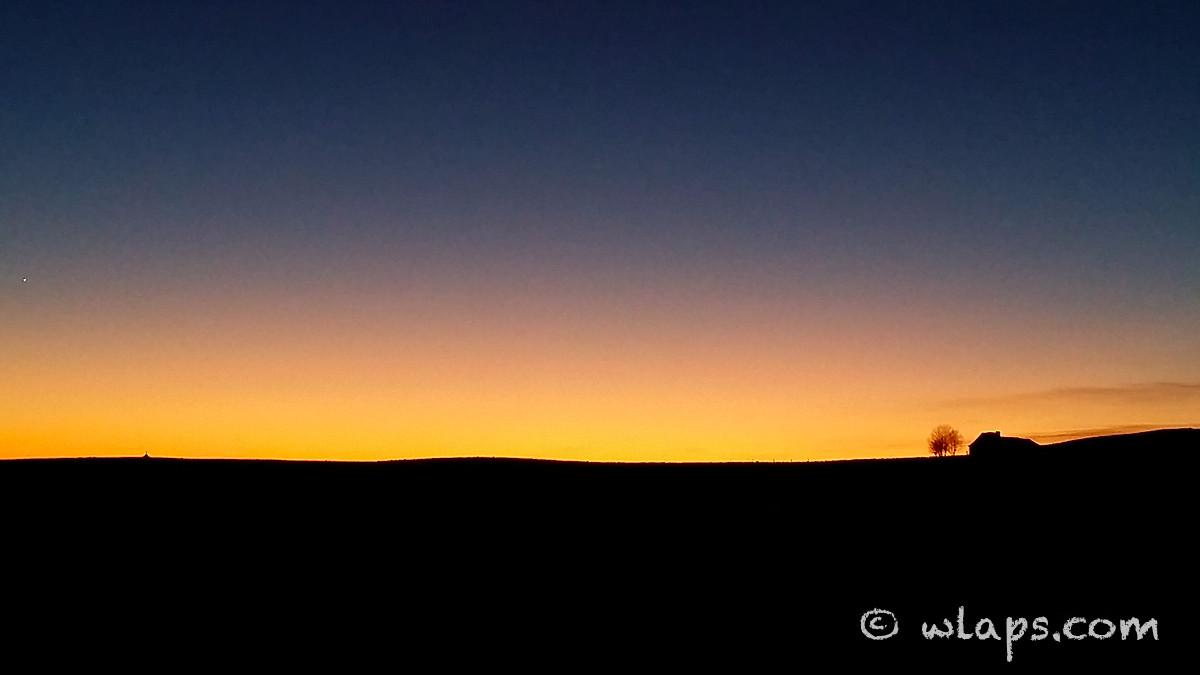 coucher-soleil-buron-aubrac-aveyron