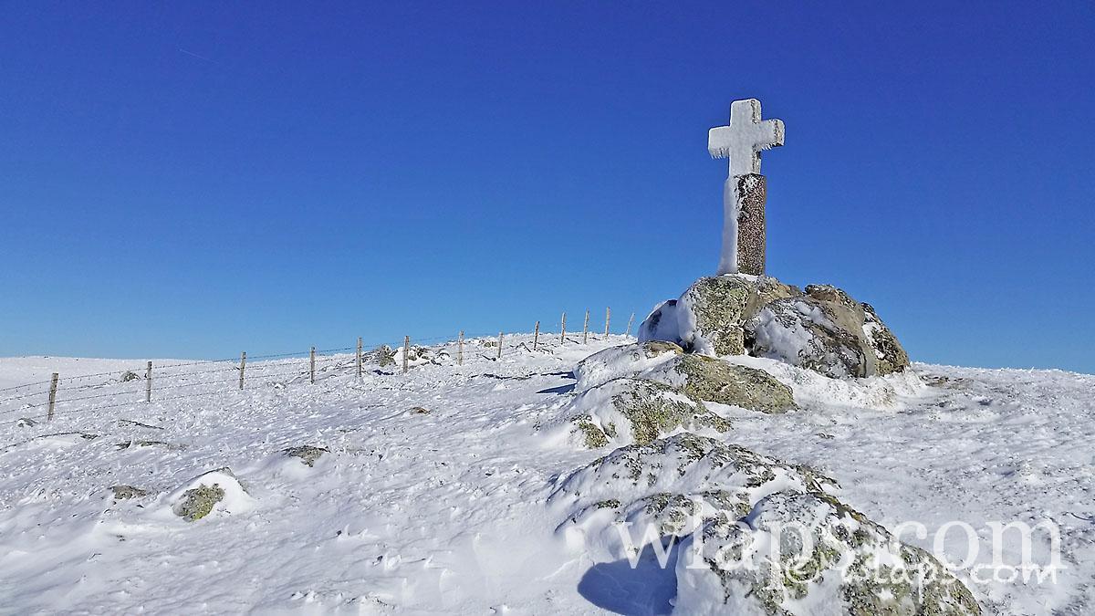 croix-lac-moines-aubrac